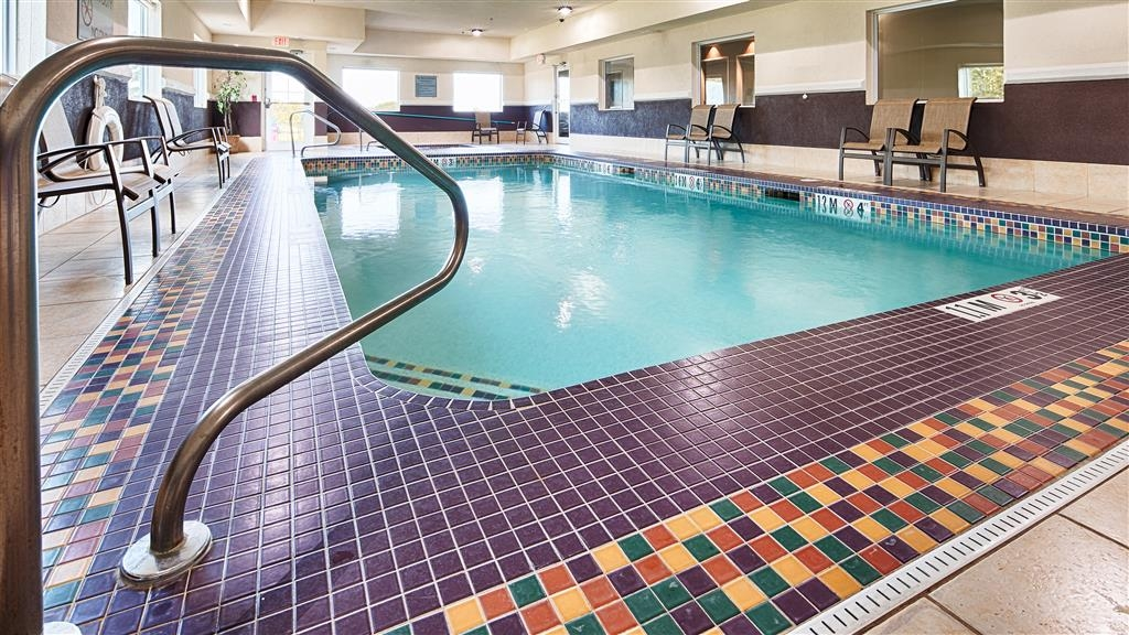 Best Western Plus Washington Hotel - Let the kids have fun year-round in our indoor heated pool.