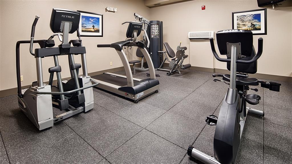 Best Western Plus Washington Hotel - Be sure to utilize our complimentary fitness center to maintain your home routine.