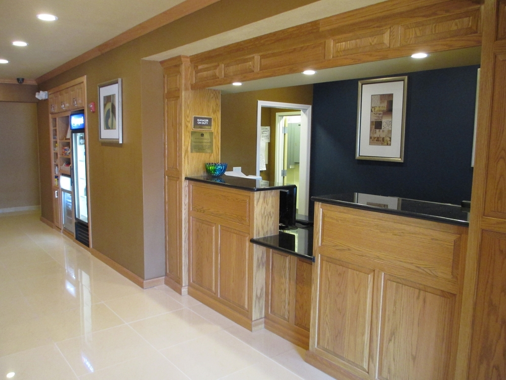 Best Western Plus Columbia Inn - reception