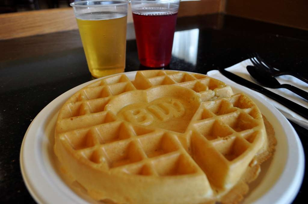 Best Western Plus Columbia Inn - We offer a hot breakfast buffet. Eggs, bacon or sausage, waffles, biscuits and gravy, oatmeal, grits, sweet breads, bagels, yogurt, fruit and so much more.