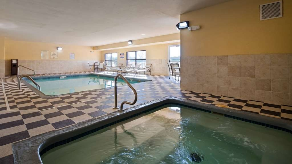 Best Western Plus Columbia Inn - Piscina