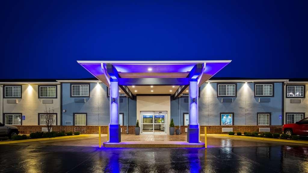 Best Western Mt. Vernon Inn - Facciata dell'albergo