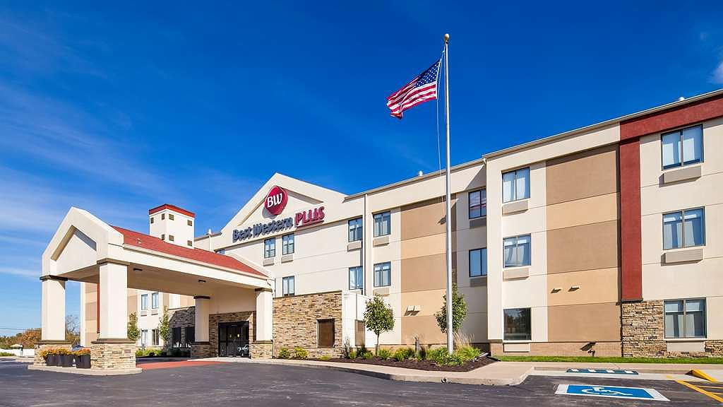 Best Western Plus Lee's Summit Hotel & Suites - Vista exterior
