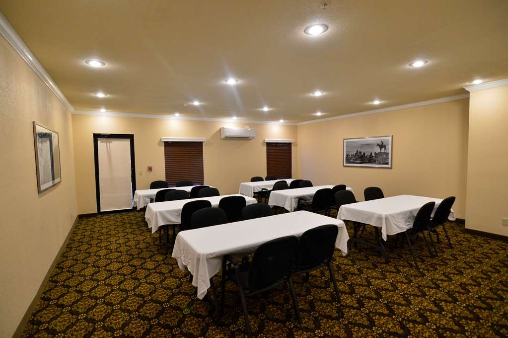 Best Western Plus Lee's Summit Hotel & Suites - Need to plan a meeting? Book our Meeting Room