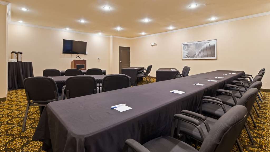 Best Western Plus Lee's Summit Hotel & Suites - Our property is the perfect place to host your meeting.