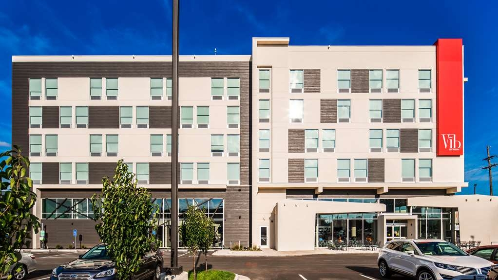 Vib Best Western Springfield - Experience modern design, community spaces and a heightened sense of entertainment at this Vīb Best Western Springfield!
