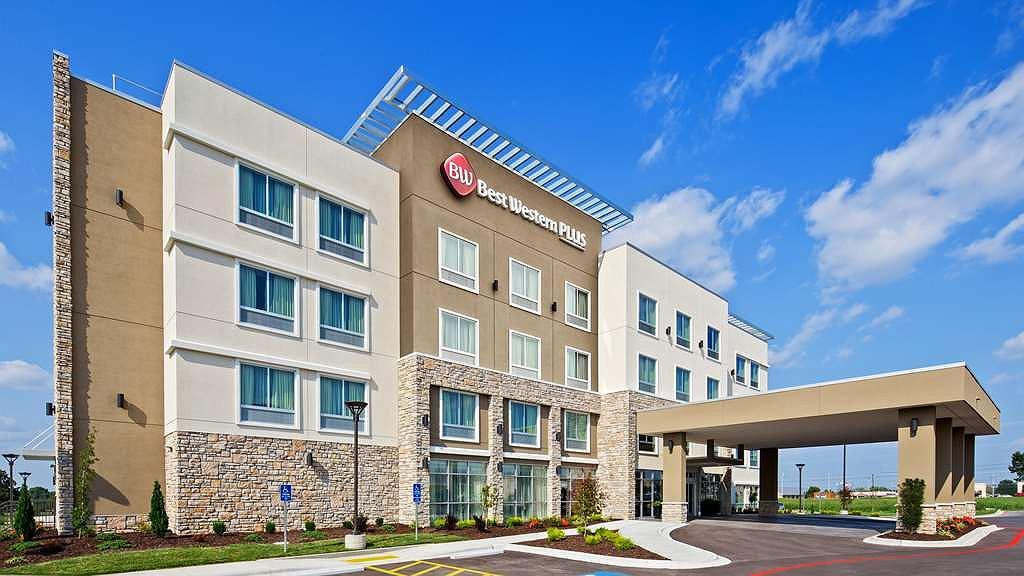 Best Western Plus Bolivar Hotel & Suites - Vista exterior