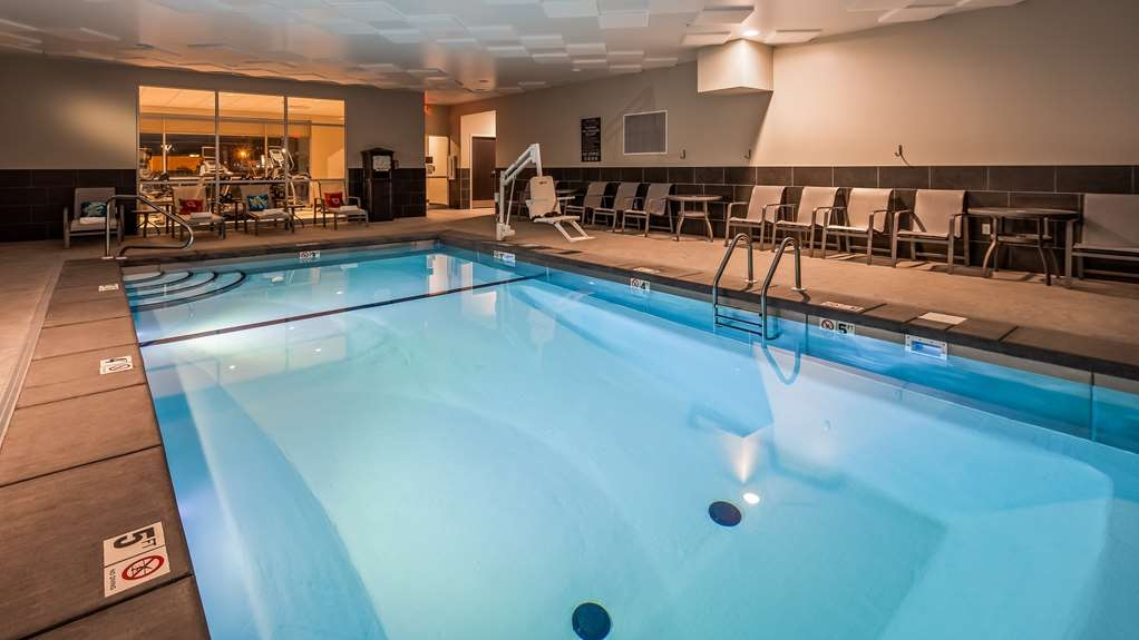 Best Western Plus Bolivar Hotel & Suites - Poolansicht