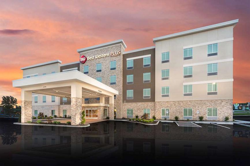 Best Western Plus St. Louis Airport Hotel - Exterior Twilight