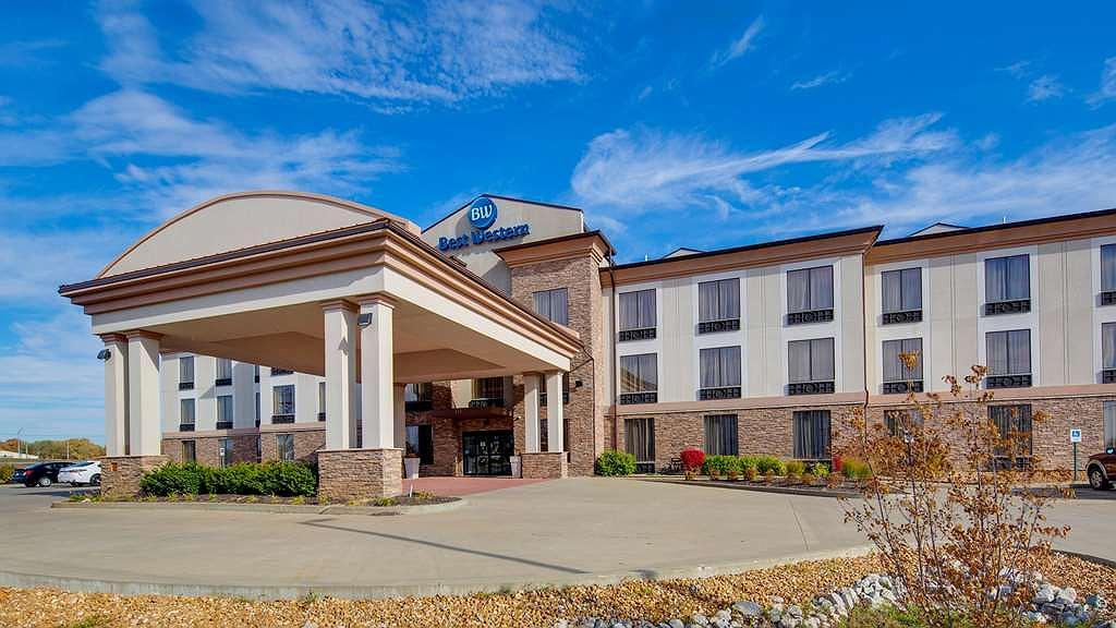 Best Western St. Louis Airport North Hotel & Suites - Vista exterior