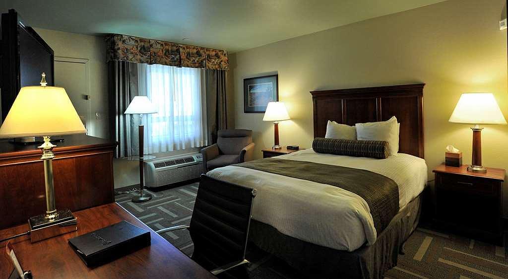 Strange Hotel In Billings Best Western Plus Clocktower Inn Ncnpc Chair Design For Home Ncnpcorg
