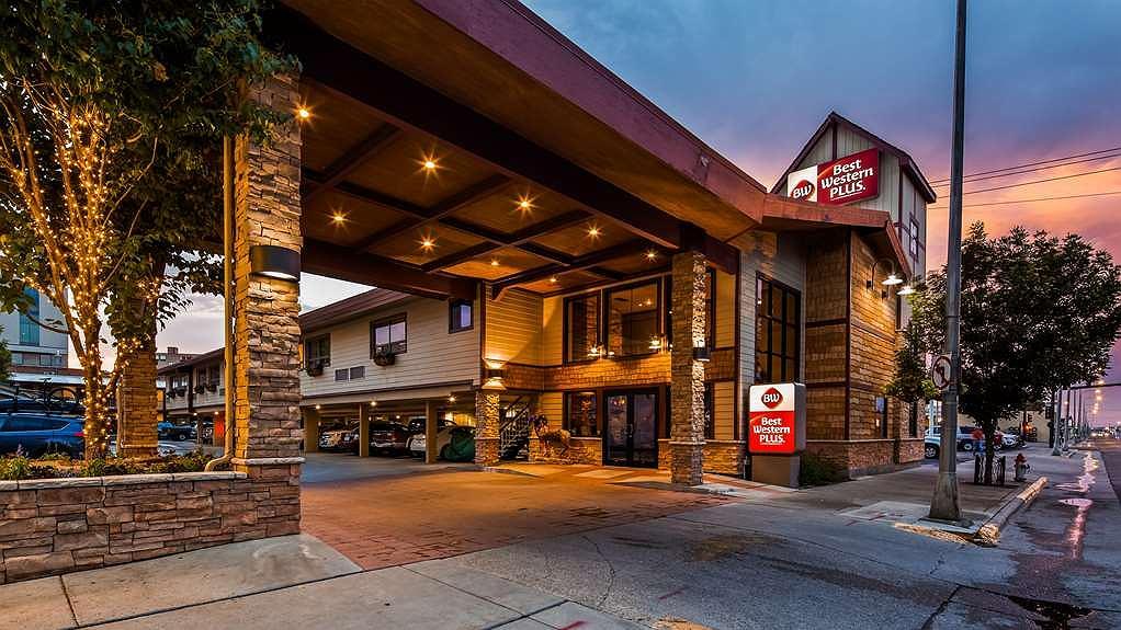 Best Western Plus Clocktower Inn - Vista exterior
