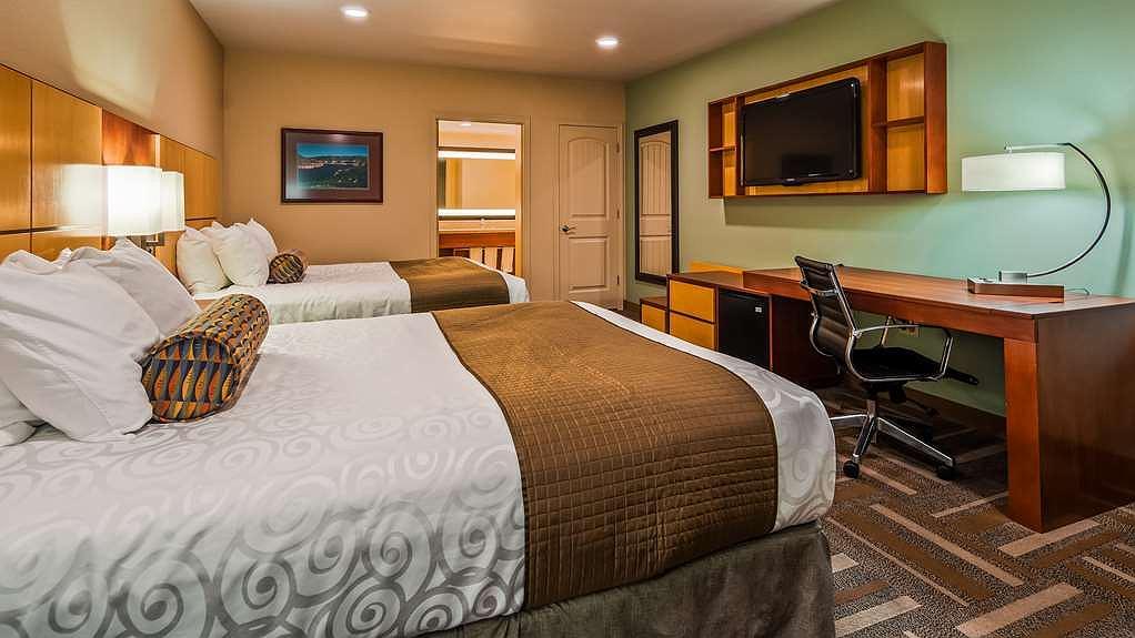 Surprising Hotel In Billings Best Western Plus Clocktower Inn Ncnpc Chair Design For Home Ncnpcorg