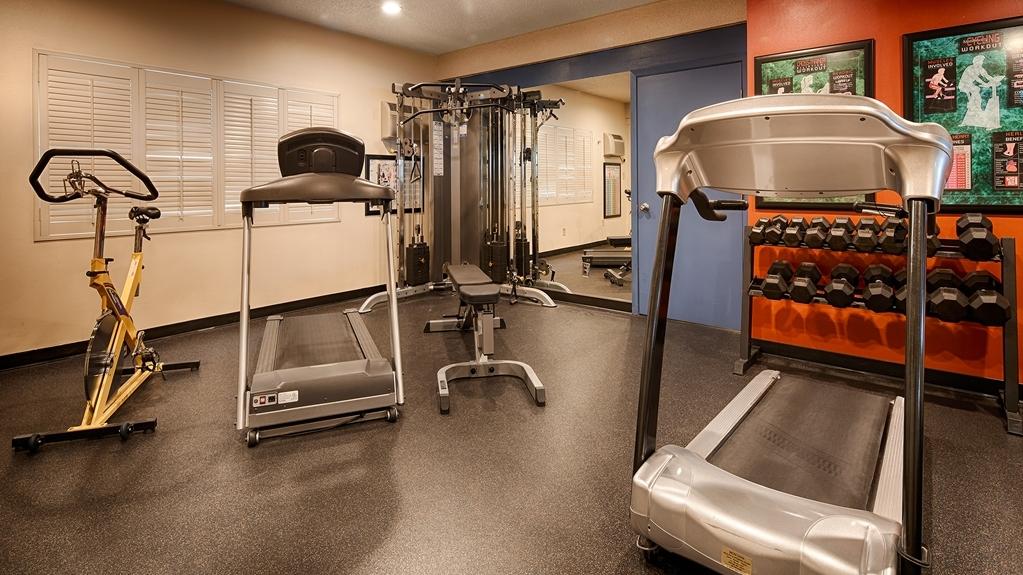 Best Western Plus Clocktower Inn - sala de ejercicios