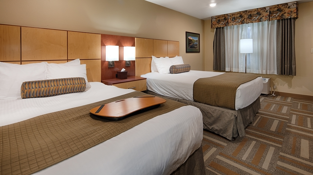 Best Western Plus Clocktower Inn - Two Double Bed Guest Room