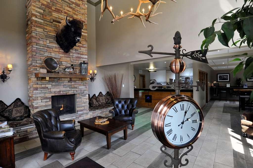 Best Western Plus Clocktower Inn - Lobby