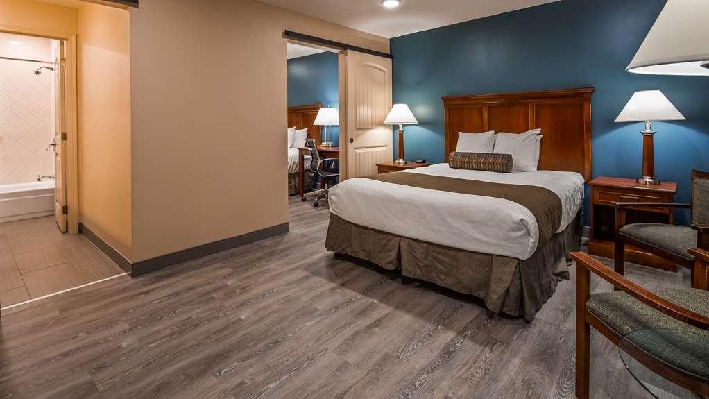 Best Western Plus Clocktower Inn - Suite with 2 Roooms