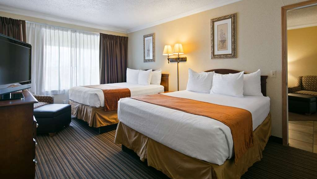 Best Western War Bonnet Inn - Suite
