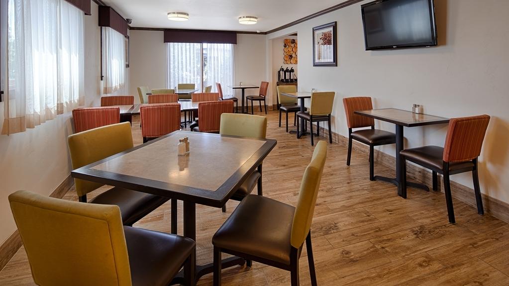 Best Western Paradise Inn - Le petit déjeuner buffet