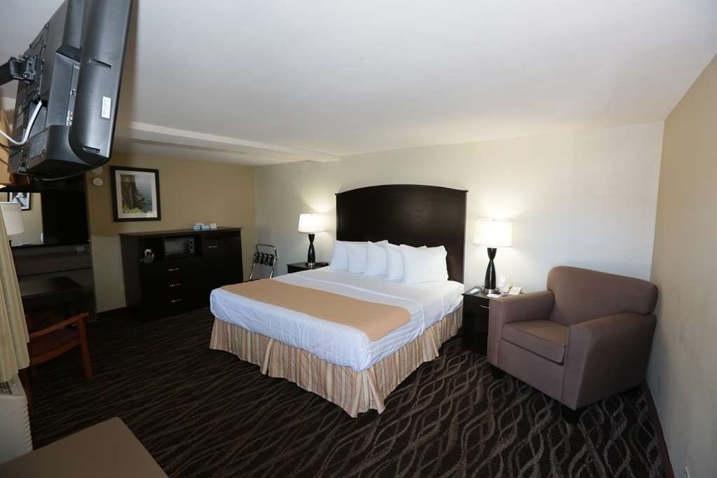 Best Western Weston Inn - King Guest Room