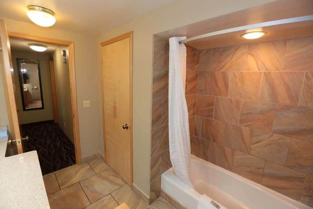 Best Western Weston Inn - Bathroom