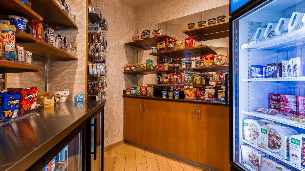 Best Western Plus Butte Plaza Inn - Vending and Snacks