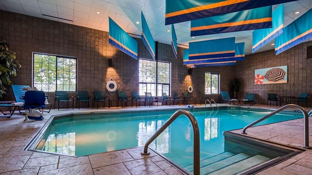 Best Western Plus Butte Plaza Inn - Vue de la piscine