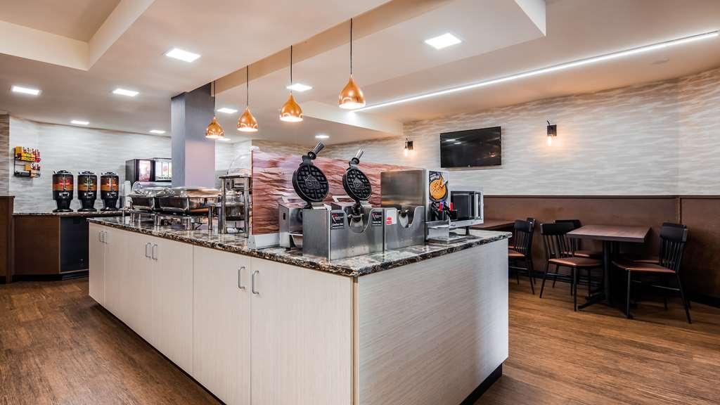Best Western Plus Butte Plaza Inn - Breakfast Area