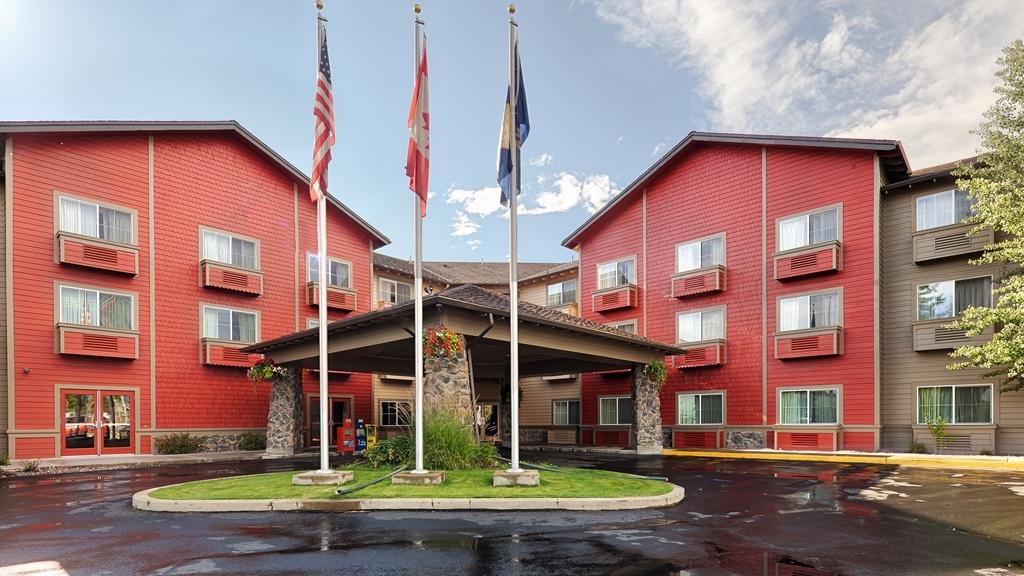 Best Western Rocky Mountain Lodge - vorne zur strasse