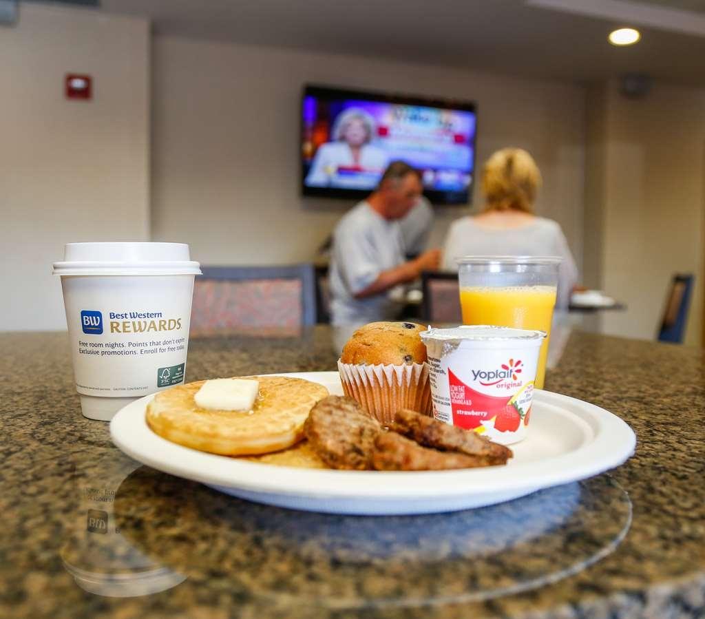 Best Western Rocky Mountain Lodge - Breakfast Area
