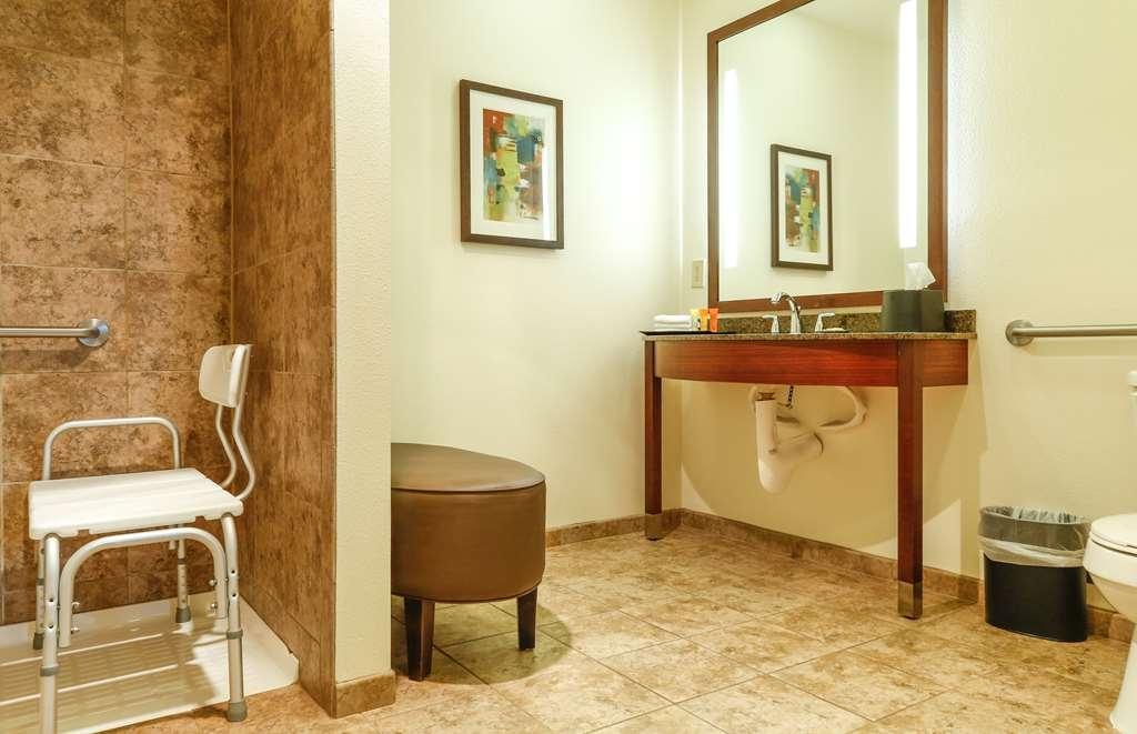 Best Western Rocky Mountain Lodge - Mini suite ADA bath