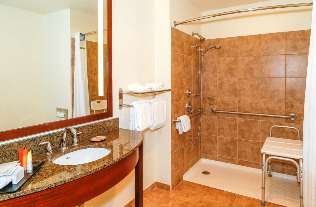 Best Western Rocky Mountain Lodge - Executive King ADA bath