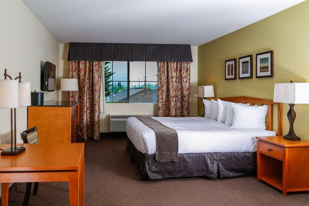 Best Western Rocky Mountain Lodge - Standard King Guest Room