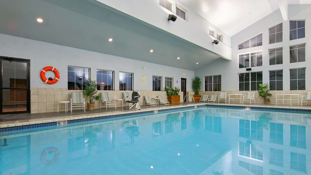 Best Western Plus Grant Creek Inn - Vue de la piscine