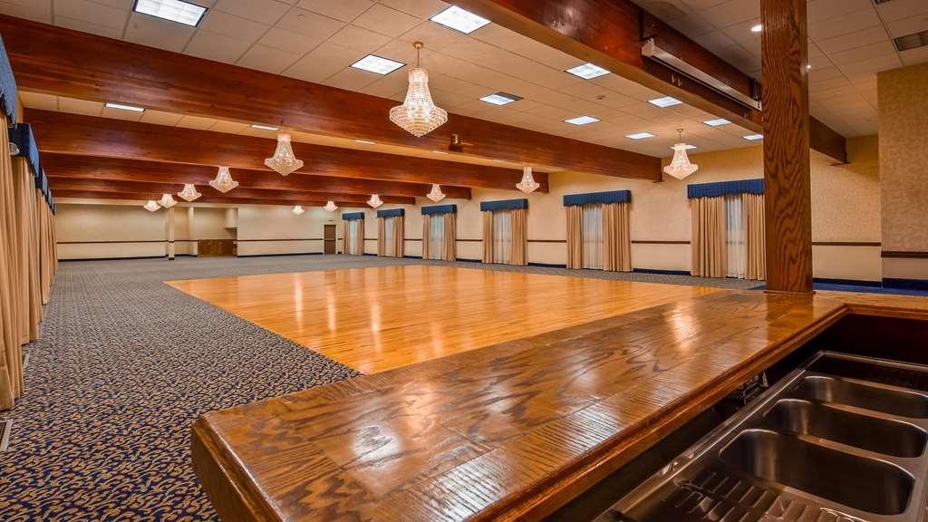 Best Western Plus Flathead Lake Inn and Suites - Ballroom