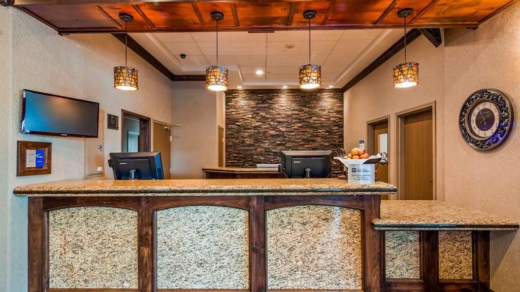 Best Western Plus Flathead Lake Inn and Suites - Vue du lobby