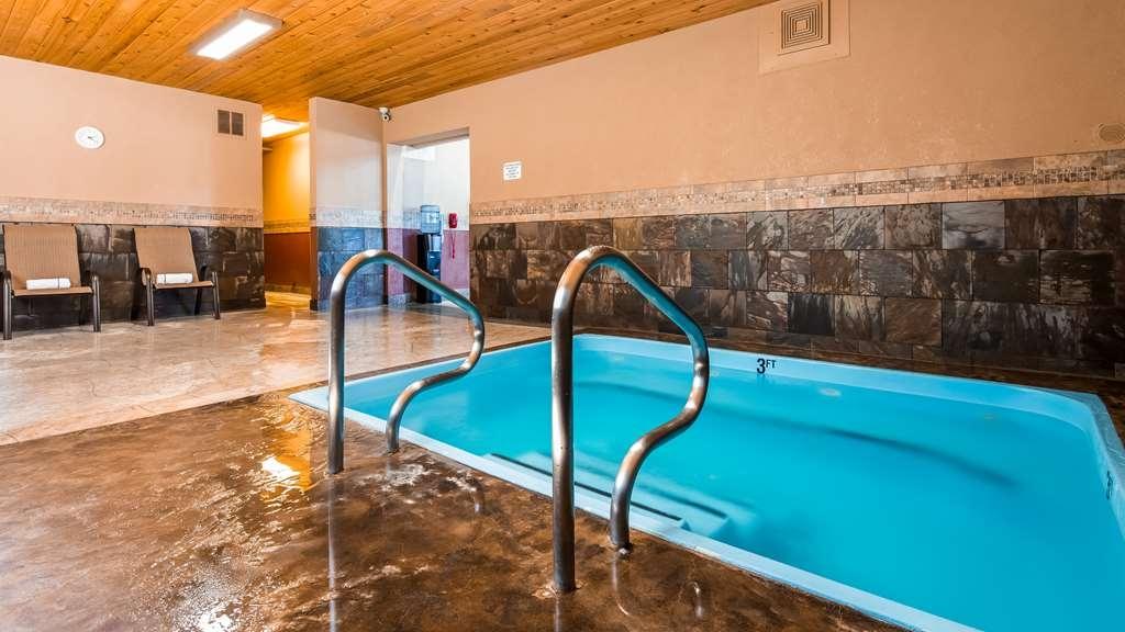 Best Western Plus Flathead Lake Inn and Suites - Vue de la piscine