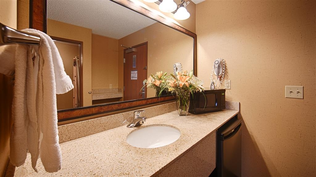 Best Western Plus Kelly Inn & Suites - Salle de bain