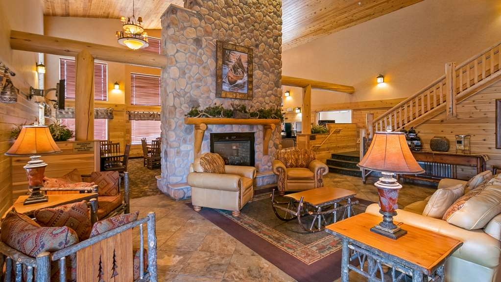 Best Western Plus Kelly Inn & Suites - Vue du lobby