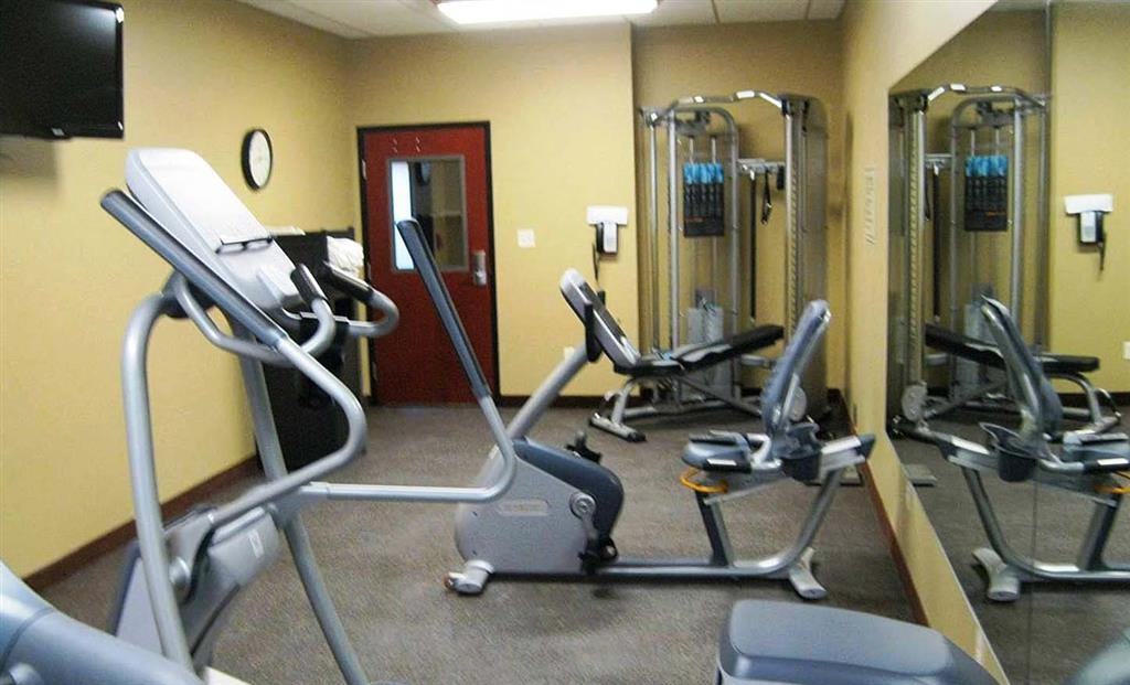 Best Western Golden Prairie Inn & Suites - Another view of our workout facility. An array of machines will help you stay fit while on the road!