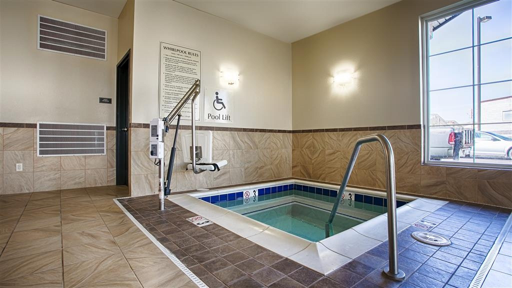 Best Western Shelby Inn & Suites - chaud baignoire