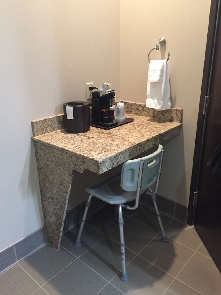 Best Western Plus Havre Inn & Suites - Double Queen ADA Mobility Accessible Suite