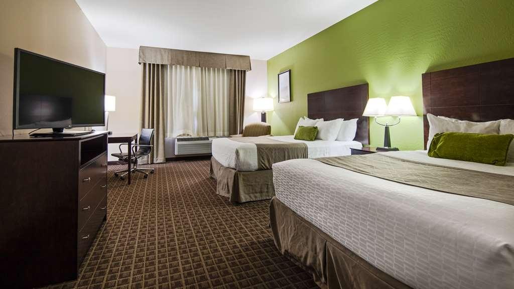 Best Western Plus Havre Inn & Suites - Two Queens Guest Room
