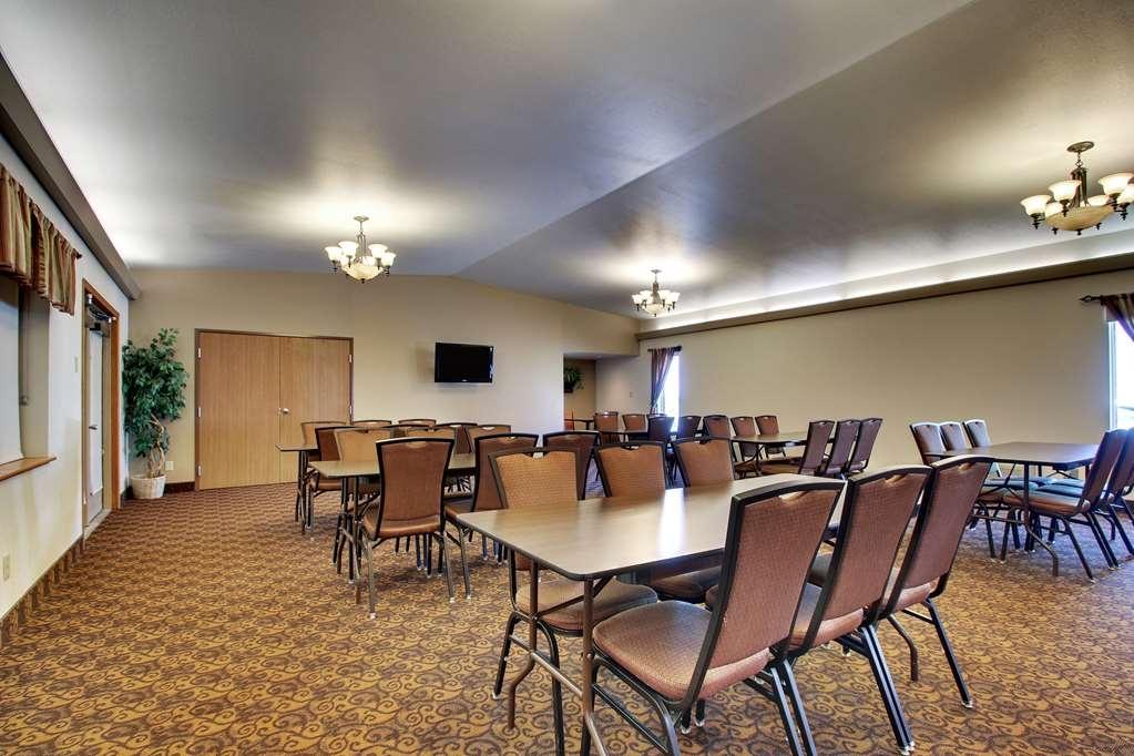 Best Western West Hills Inn - Salle de réunion