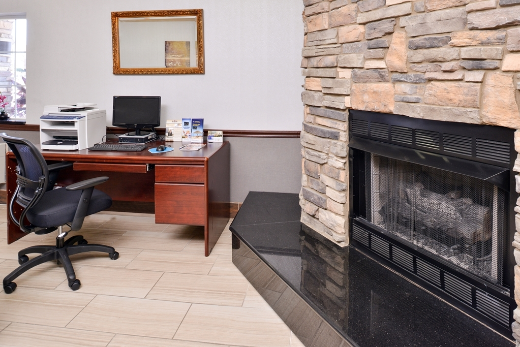 Best Western Old Mill Inn - Business center