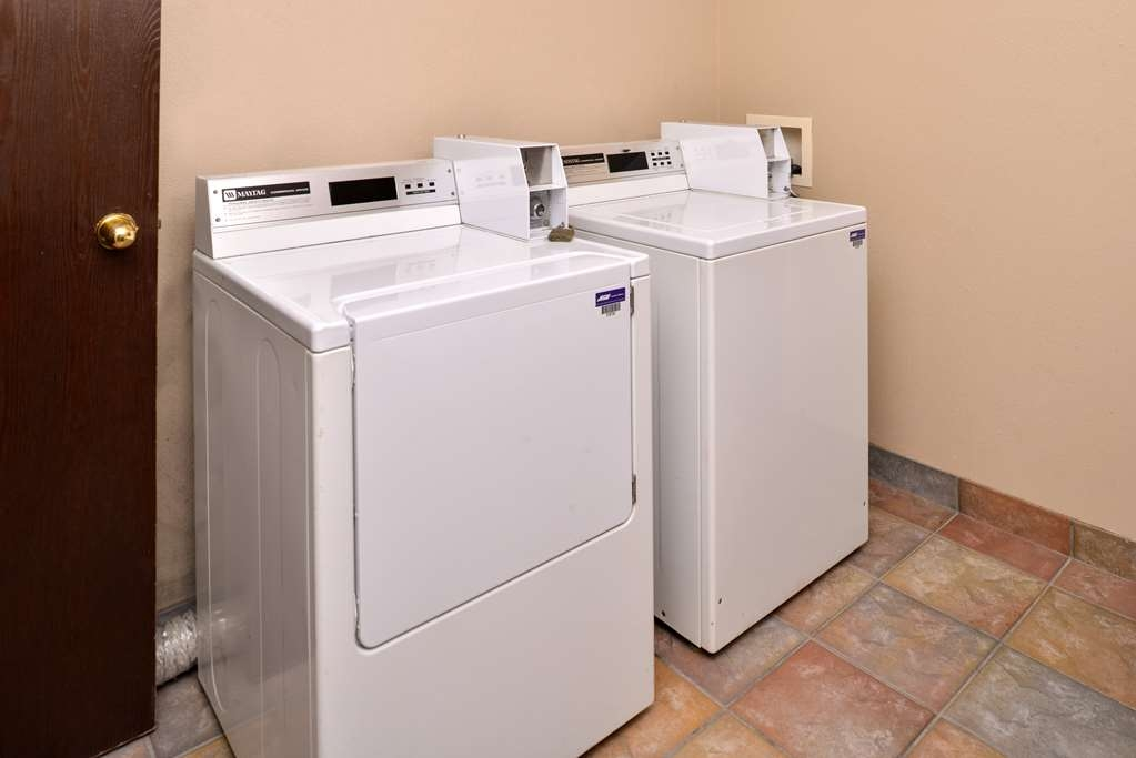 Best Western Old Mill Inn - Guest Laundry