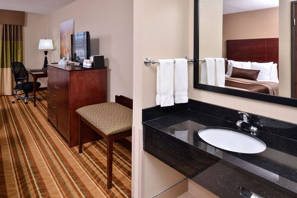 Best Western Old Mill Inn - Room facilities