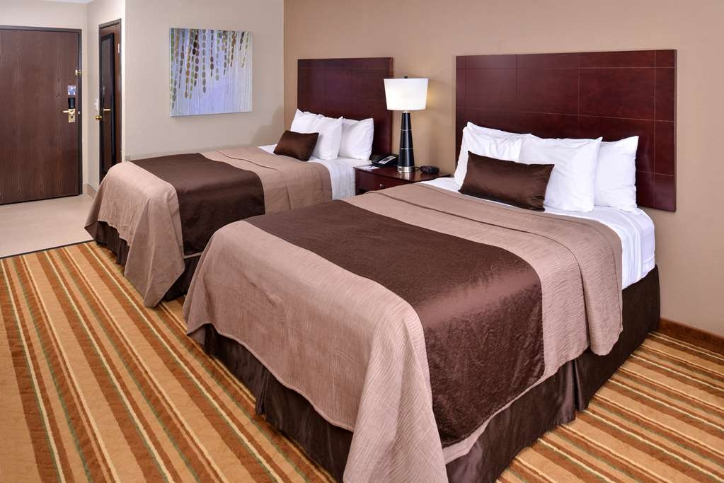 Best Western Old Mill Inn - Stretch out and relax in the Two Queen.