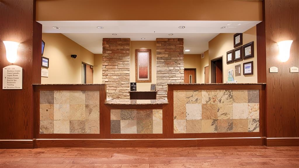 Best Western Plus Grand Island Inn & Suites - Reception