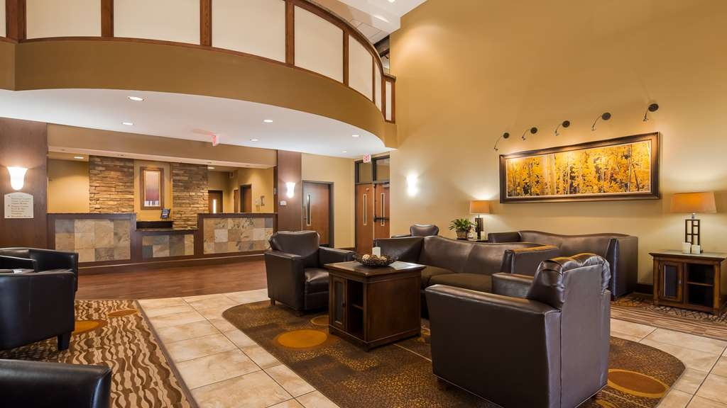 Best Western Plus Grand Island Inn & Suites - Hall